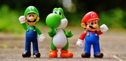 The Life Upgrades - Super Mario Luigi Yoschi Figures